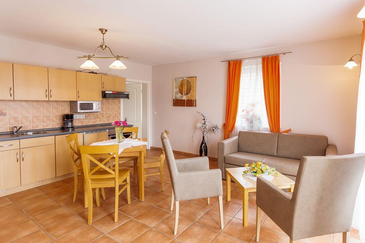 Ferienwohnung 5 Wohnbereich Küche