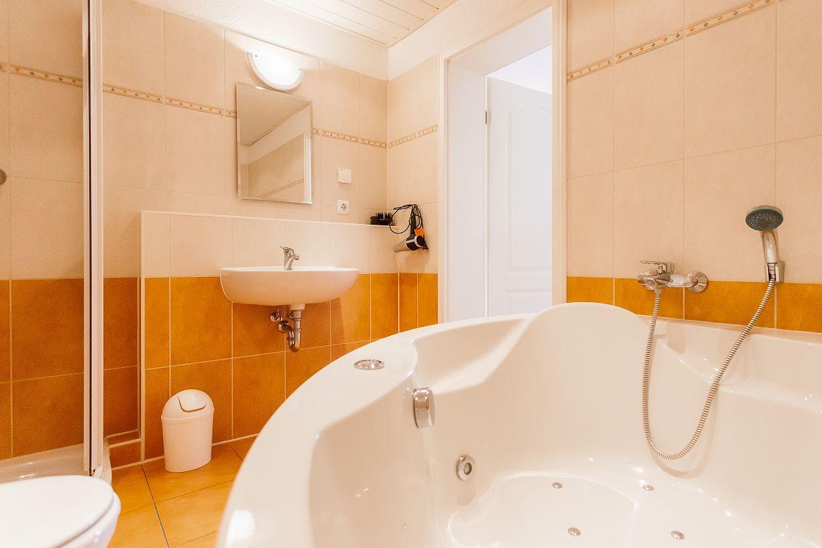 Ferienwohnung 5 Badezimmer